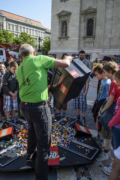 Lego torony kezdodik