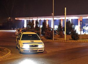 Bûnügy - Lövöldözés egy budapesti benzinkútnál