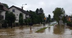 árvíz lenti