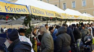 Karácsonyi ételosztás Budapesten