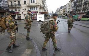 brüsszel, katonák