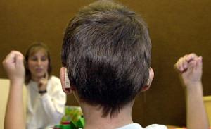 hallásjavító műtét