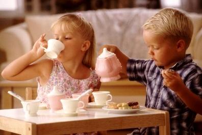 teázó gyerekek