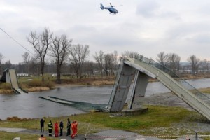 pr4ága híd