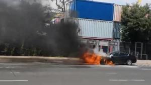 bódi csabi égő autója