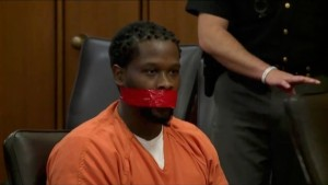0_GOOD-VID-Judge-orders-defendants-mouth-is-TAPED-SHUT-after-he-wouldnt-shut-up-during-sentencing